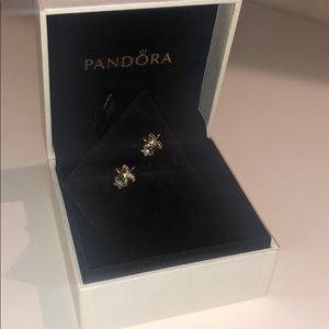 Pandora 14K gold petite star earrings